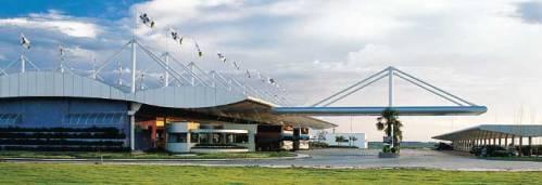 Rede Rodoserv fica na Rodovia Castelo Branco, uma das melhores do Brasil